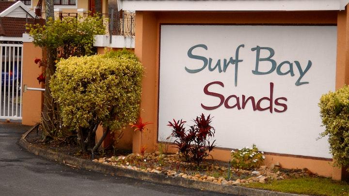 by 80 Surf Bay Sands | LekkeSlaap