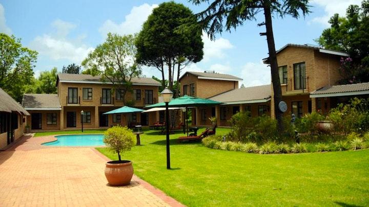 at Hoyohoyo Chartwell Lodge | TravelGround
