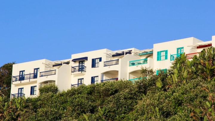 Willard's Beach Accommodation at 26 Akrotiri | TravelGround