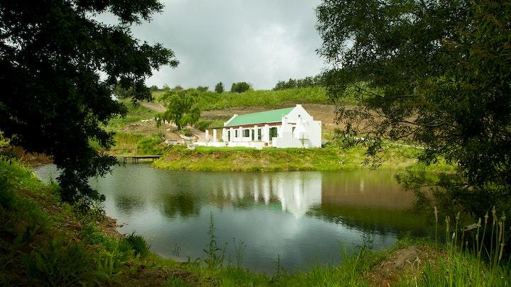Grabouw Akkommodasie by Tangleberry Cottage | LekkeSlaap