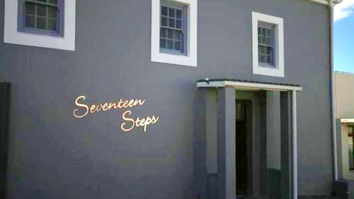 Bredasdorp Akkommodasie by Seventeen Steps Self-catering Accommodation | LekkeSlaap