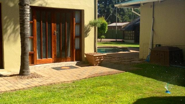 by 53 on Pretorius | LekkeSlaap