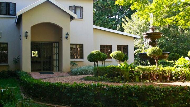 at Sanloo Manor | TravelGround