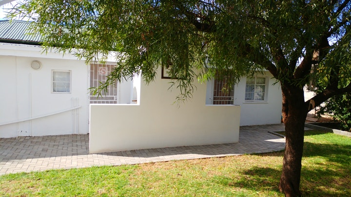 De Aar Accommodation at Grey Guesthouse | TravelGround