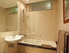 The main en-suite
