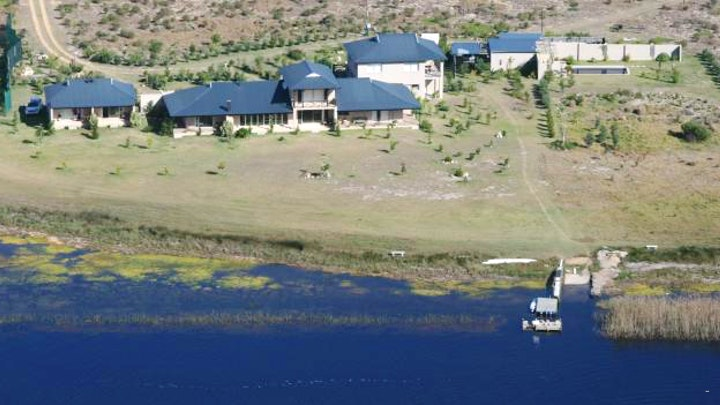 Stanford Accommodation at Stanford River Lodge | TravelGround