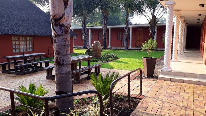 by Amabutho Lodge | LekkeSlaap