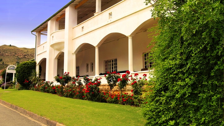 Lady Grey Accommodation at Mountain View Country Inn   TravelGround