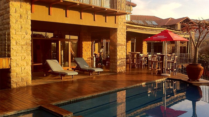 Ruimsig Akkommodasie by Afrique Boutique Hotel Ruimsig | LekkeSlaap
