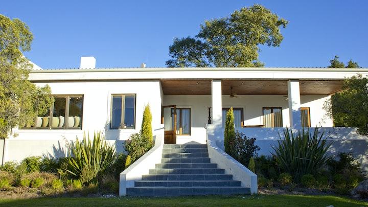 Kaapse Wynlande Akkommodasie by The Residence at Haskell Vineyards   LekkeSlaap