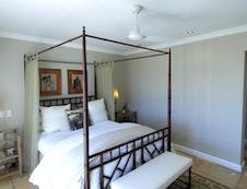 Queen Canopy Guestroom #4