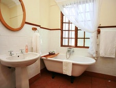 En-Suite Bath Room