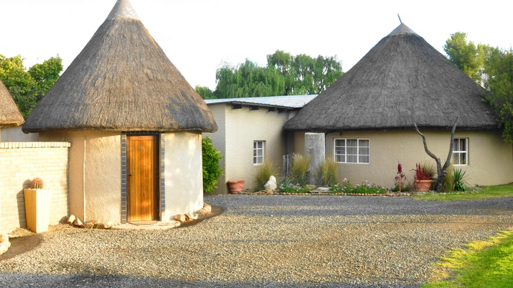 Colesberg Accommodation at Van Zylsvlei B&B and Guest Farm | TravelGround
