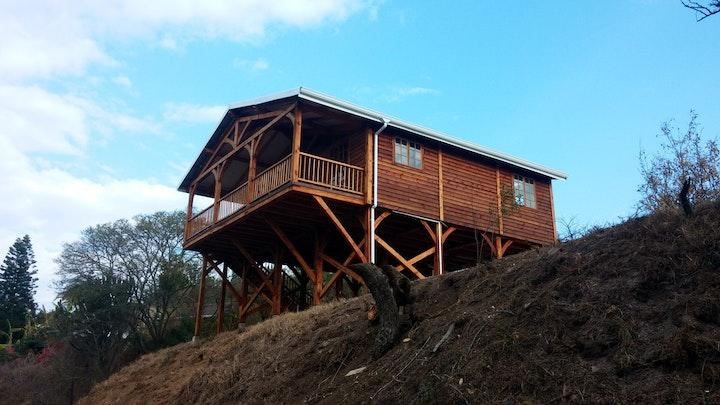 Drummond Accommodation at 1000 Hills Luxury Cabin | TravelGround
