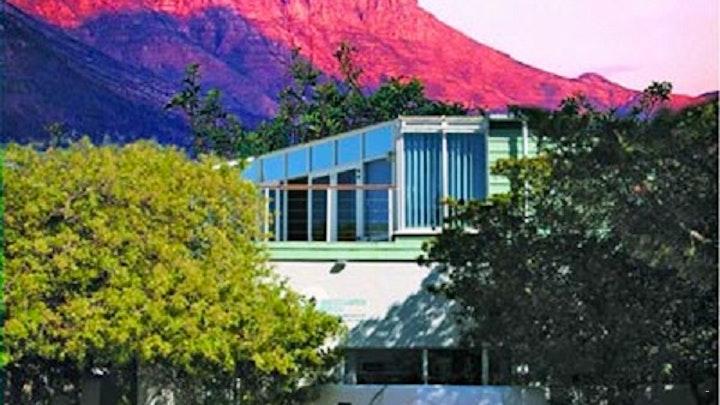 Houtbaai Akkommodasie by Brightwater Lodge | LekkeSlaap