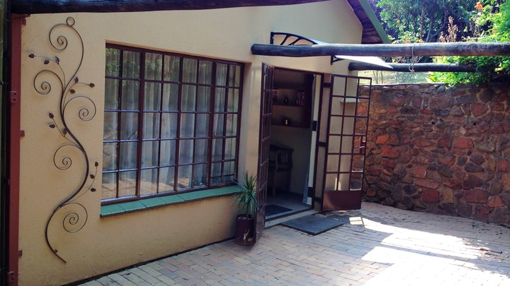 Elarduspark Accommodation at Klipmuur Cottage | TravelGround