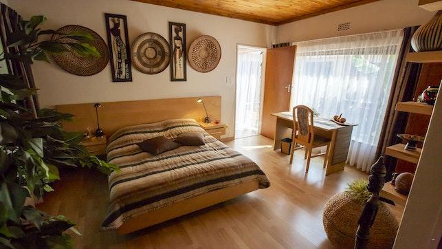 by Ridge Accommodation | LekkeSlaap