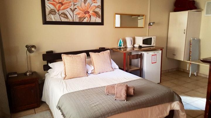 Vryburg Accommodation at Molopo Travel Inn   TravelGround
