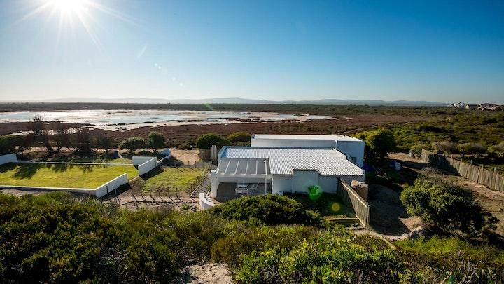 Yzerfontein Akkommodasie by Buffalo Drift - Captains Cabin | LekkeSlaap