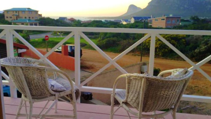 Pringle Bay Accommodation at Pringle Mingle Apartments | TravelGround