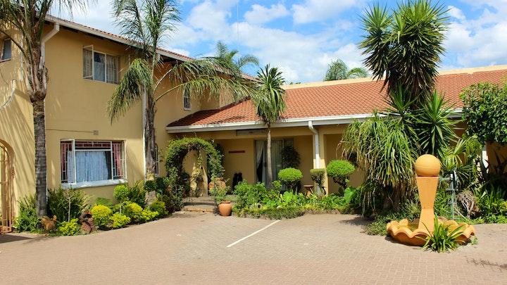 Ben Fleur Accommodation at Kalahari Guest House | TravelGround