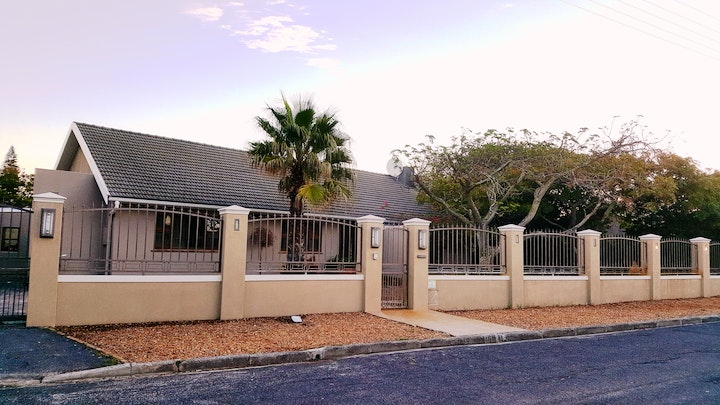 Milnerton Accommodation at 7 on Disa Self-catering Accommodation | TravelGround
