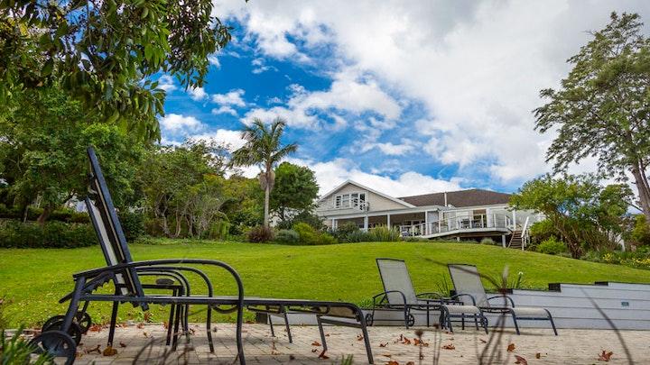 Knysna Accommodation at Stannards Guest Lodge | TravelGround