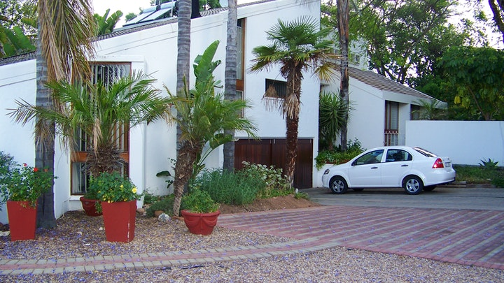 Oudtshoorn Accommodation at Haus Victoria Self-Catering Cottages | TravelGround