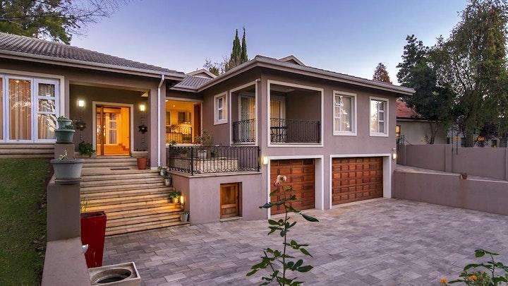 Bedfordview Akkommodasie by 6 On Acacia Guesthouse & Annex | LekkeSlaap