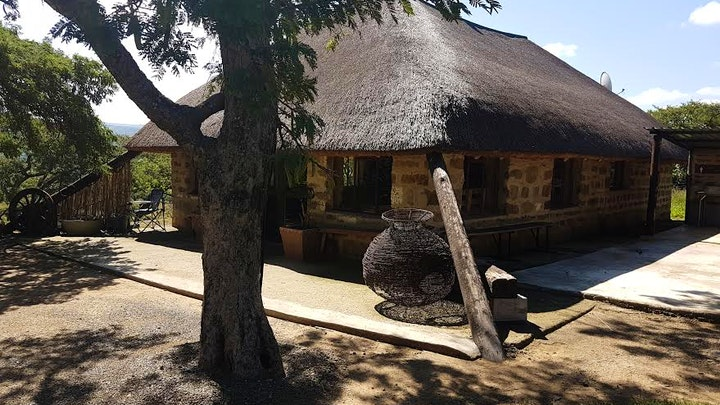 Van Reenens Pass  Accommodation at Zandriver Valley Lodge | TravelGround