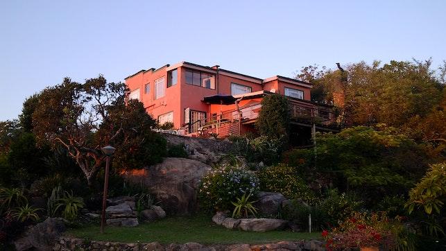 by Mpumalanga Country House   LekkeSlaap
