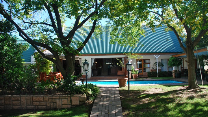 at Sunninghill Guest Lodge | TravelGround