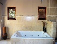 Jacuzzi Spa Bath