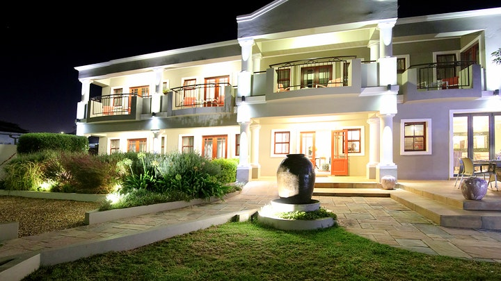 Jeffreys Bay Accommodation at Mandyville Hotel | TravelGround