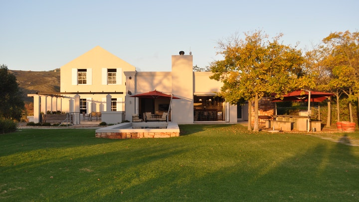 by South Hill Vineyards & Guest House | LekkeSlaap