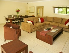 villa A lounge