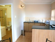 Kitchen and en-suite