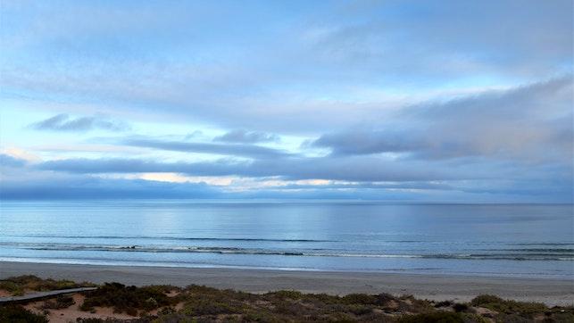 by Golden Mile Beach House | LekkeSlaap