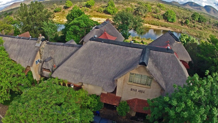 Malelane Accommodation at River House Guest Lodge | TravelGround