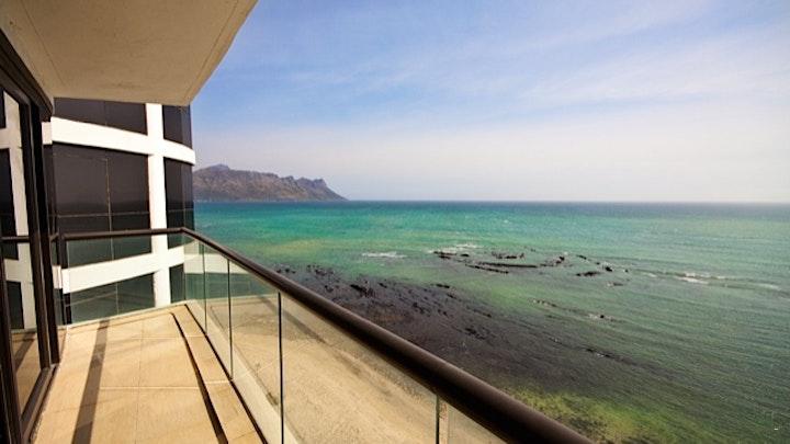Strand Akkommodasie by 1102 Ocean View | LekkeSlaap