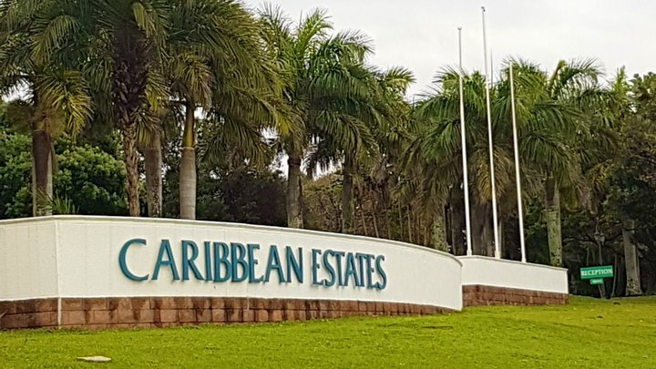 by Caribbean Estate 32 | LekkeSlaap