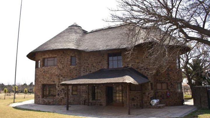 Dinokeng Accommodation at Rooibank | TravelGround
