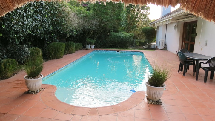 Grahamstown Accommodation at 1-on-Ross | TravelGround