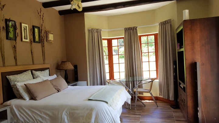 Somerset West Accommodation at Tuckaway | TravelGround