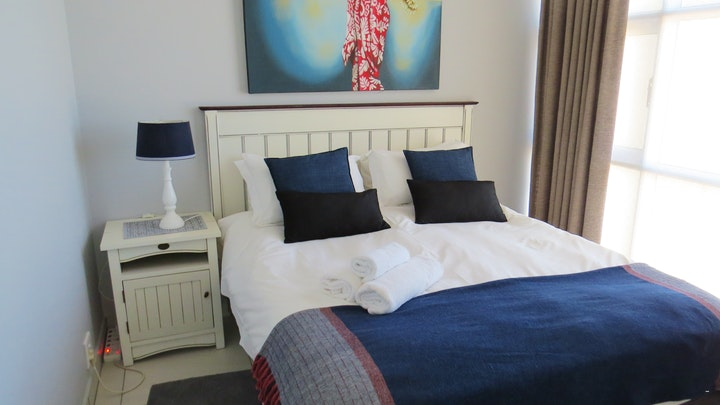 Strand Accommodation at St Tropez 1006 | TravelGround