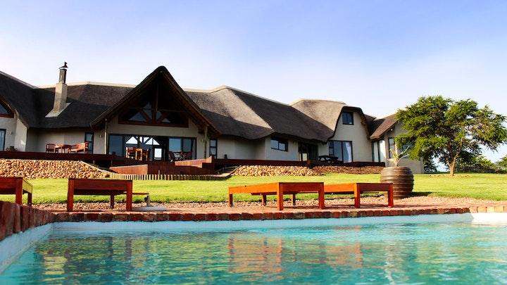 Thornhill Accommodation at JBay Zebra Lodge | TravelGround
