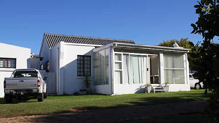 Jeffreys Bay Accommodation at Solitaire 13 | TravelGround