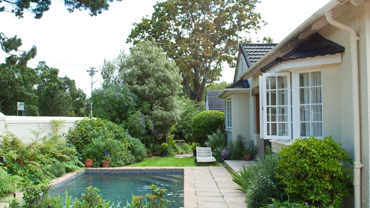 Newlands Accommodation at Largo House | TravelGround