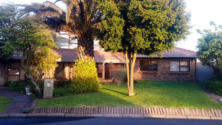 Vredenburg Akkommodasie by Nikella Guest House | LekkeSlaap