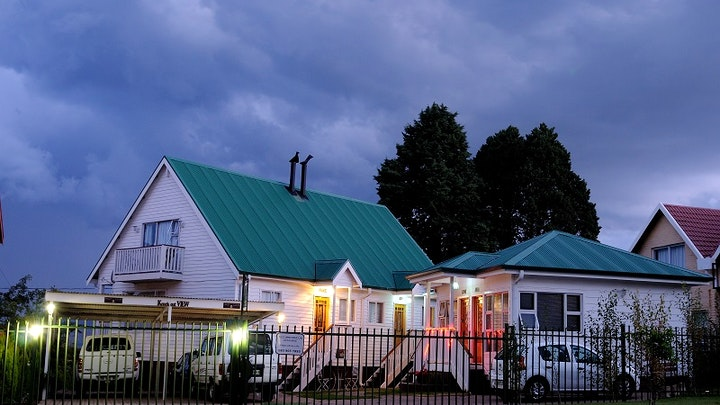 Clarens Accommodation at Knock Out View | TravelGround